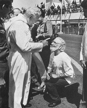 [Image: pope-john-paul-rebuke.png]