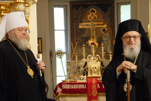 Metropolitan Hilarion (left) and Archbishop Demetrios
