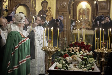 Patriarch Kirill at the funeral of Fr. Daniil Sysoyev