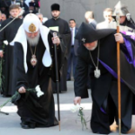 Patriarch Kirill and Catholicos Karekin II laying flowers at the Genocide Memorial.