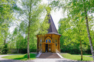 Russian Orthodox Memorial Chapel at Dachau (Click to see interior)
